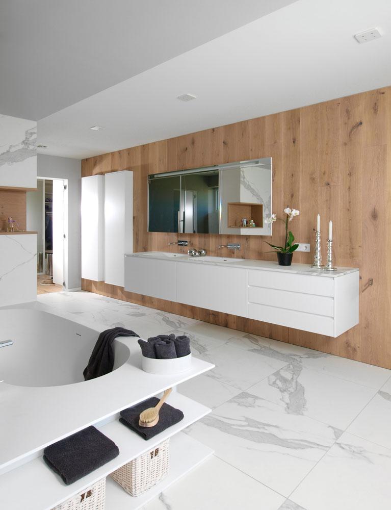 fliesen keramik f r boden wand bad und terrasse inkl verlegung. Black Bedroom Furniture Sets. Home Design Ideas