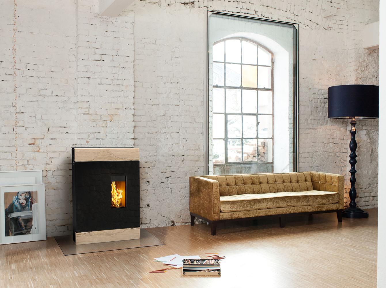 freistehende kamin fen und pellet fen von rika die. Black Bedroom Furniture Sets. Home Design Ideas