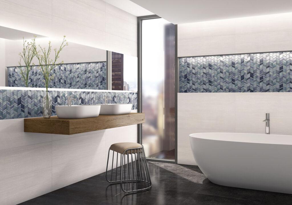 Bad mit Mosaik-Fliesen